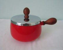 Vintage Red Enamelware Pot Saucepan Metal Lid Teak Wood Handle