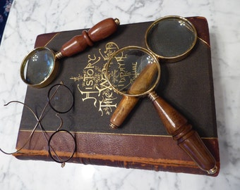 Magnifying Glass (10 Power)