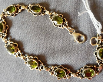 925 sterling silver and Peridot stones bracelet