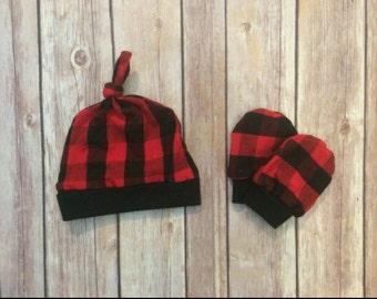Buffalo plaid baby knot hat, and no scratch mittens, newborn set
