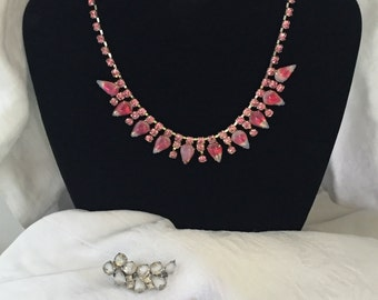 Stunning set of vintage striped rhinestone necklace and earrings