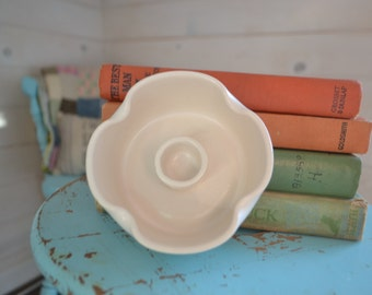 SALE!! West Coast Pottery Candle Holder, Cream Candle Holder, vintage pottery, Farmhouse Style Decor