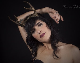 Antler Chain Headband:  A unique antler crown for deer or fawn costumes