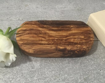 Soap Dish Olive Wood ribbed / grooved, Rustic Soap Holder, Wooden Soap Safer, Hand Carved Soap Plate, Restroom Decor, Gift, Massive Wood