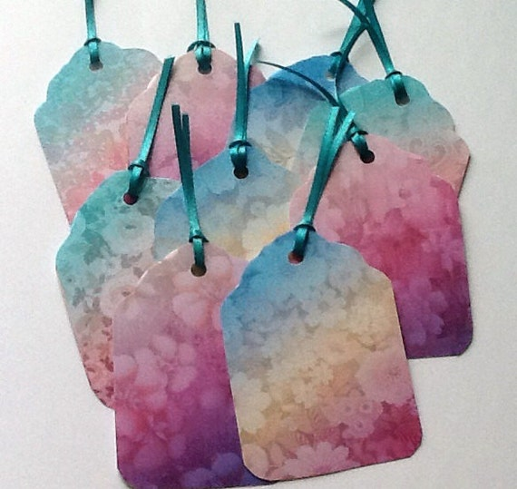 9 Pastel Flower Tags