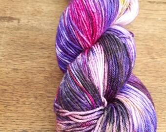 Hand dyed SW Merino /nylon sock yarn in 'Crushed'