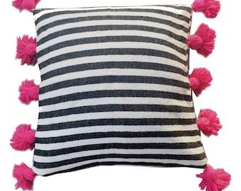 Striped Moroccan cotton pillow cover - bl, wh & fuchsia tassels
