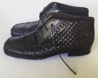 VINTAGE 90's Black Woven Leather // Cole Haan // Size 8 // Ankle Boots