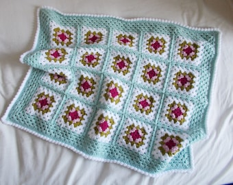 Crochet Baby Blanket // Cath Kidston-inspired Granny Squares // Baby Girl