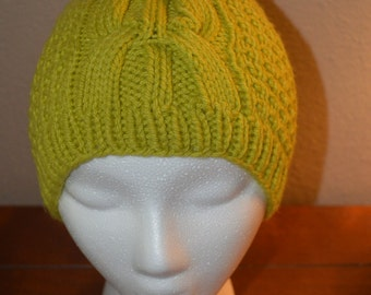 Womans Knit Cable Hat