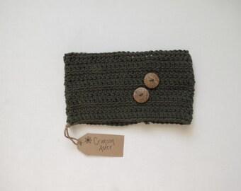Hunter Green Buttoned Crocheted Winter Headband