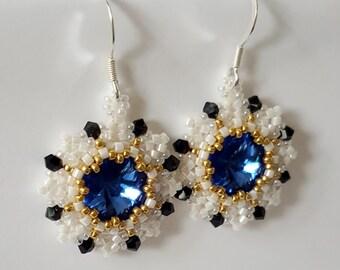 Swarovski earrings // Round earrings // Dangle Earrings // Beaded Earrings // Rivoli earrings //  Blue earrings