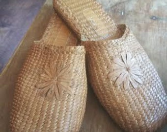 Vintage Cole Haan Ladies Shoes - Cole Haan Mules - Mules - Boho Shoes - Hippie Shoes - Festival Shoes - Woven Shoes