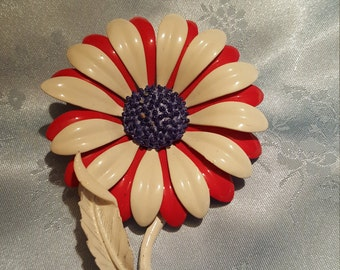 Vintage Enamel Red White and blue pin Brooch Dasie