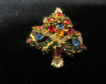 Warner Christmas tree brooch