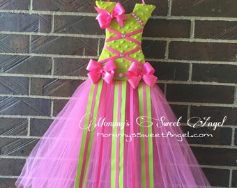 Ready to ship!! Tutu bow holder. Pink and green bow holder. Free Personalized. christmas gift, birthday gift