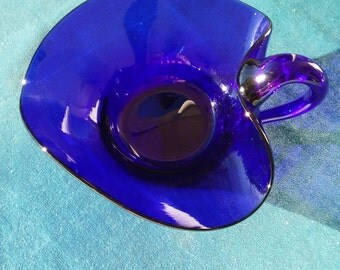 A Vintage Cobalt Blue Trinket Tray/Candy Dish/Peanut Dish With Handle