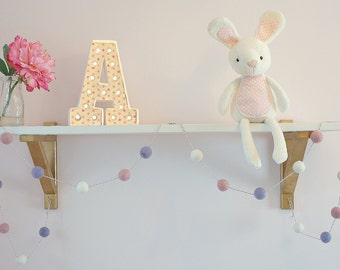 Stone and Co Felt Ball Pom Pom Garlands 20 x 2.5cm Parma Violet, Dusty Pink and White For Nursery, Bedroom, Decoration