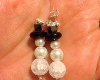 Snowmen earrings with hematite hats. Cute gifts for teachers, coworkers, secret santas or stocking stuffers.
