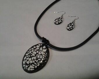 Ornament black and white