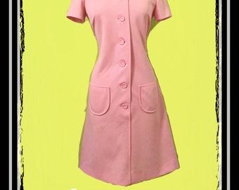1960's pink vintage Mod shift dress size 14 (meduim-large)