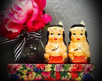 vintage Native American children salt and pepper shakers made in Japan porcelain hand painted pair