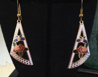 Vintage white cloisonné earrings, white cloisonné earrings, white enamel earrings, cloisonné dangle earrings, vintage dangle earrings, 106