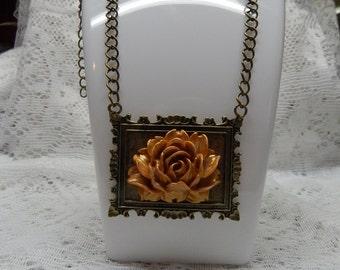 Brass & Flower necklace