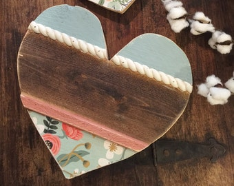 "12"" Floral Reclaimed Wood Heart with Rope Trim"