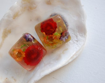 Vintage Lucite Square Clip On Earrings with Embedded Multi-Color Flowers