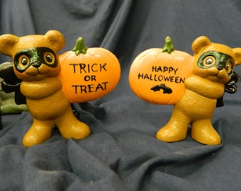 Trick or treat bears with black bows