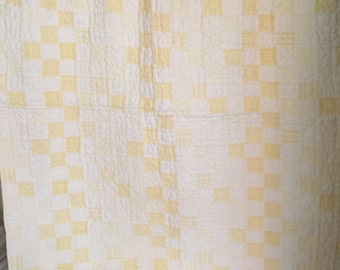 Baby Vintage baby quilt pottery barn kids white back  like new no stains- super soft!