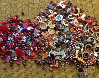 Vintage rare charms craft supplies jewellery making bargain bundle over 1kg retro!