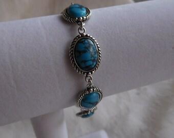 Sterling Silver Elegant Turquoise Link Bracelet