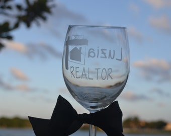 Personalized Etched Realtor Wine Glass, Customized Wine Glass, Birthday Gift, Realtor Gift, Thank you gift