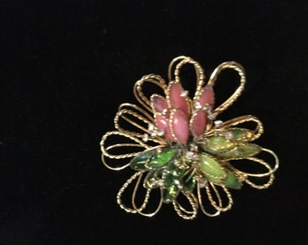 HATTIE CARNEGIE Poured Glass BROOCH