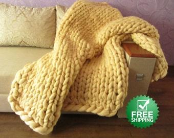 Giant blanket, Knitted blanket, Wool blanket, Chunky blanket, Blanket, Bulky blanket, Handmade blanket, Chunky knit blanket, Merino blanket