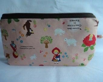 Purse // makeup bag// zipper pouch // fairytale print // japanese fabric // little red riding hood //