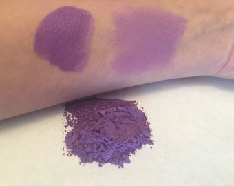 Amythest purple loose powder mineral eyeshadow 5 gram jar