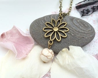 Necklace flower and Pearl