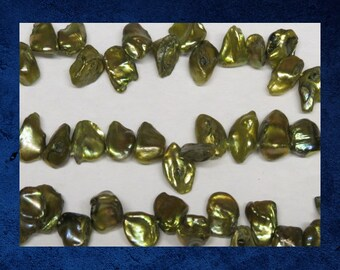 Pearl, Golden Dark Olive Green - 16 nugget shape freshwater pearl beads. #PERL-058