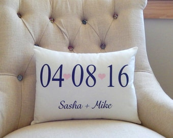 Custom Name And Date Pillow Cover - Wedding Date Pillow - Wedding Gift - Anniversary Pillow - Personalized Date Pillow - Bridal - Hearts