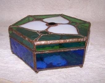 Stained glass jewelry box, treasure box, keepsake box, candy dish