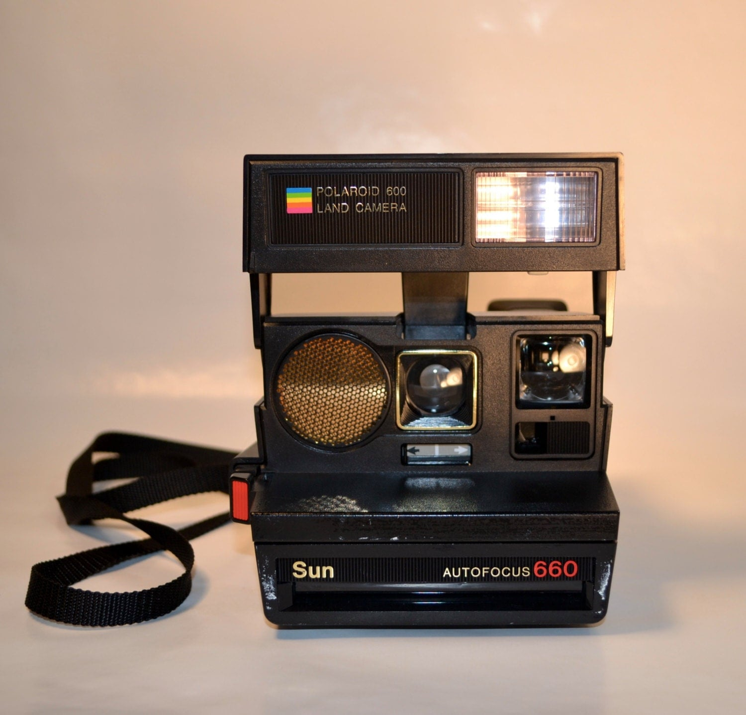 vintage 660 autofocus sun polaroid camera. Black Bedroom Furniture Sets. Home Design Ideas