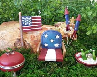 Miniature USA Patriotic Celebration - 5 pieces