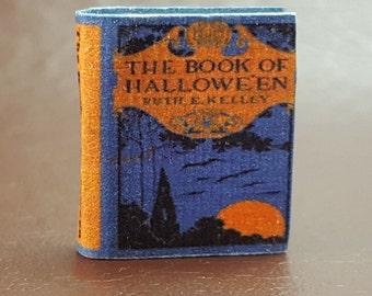 Miniature Book - The Book of Hallowe'en