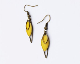 Earrings yellow, art déco-inspired, vintage, retro