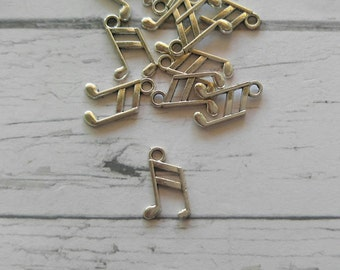 Silver Music Note Charms// Silver Music Note Pendant// 10 pieces