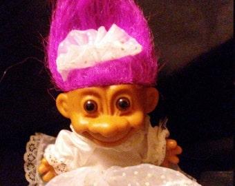 Vintage 1980s Russ Treasure TROLL Bride Doll!! Bright Fuschia Hair with original Gown with train!!Too Cute!