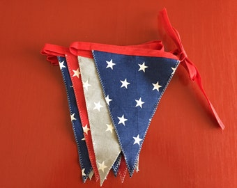 Bunting (red, blue, white, grey)
